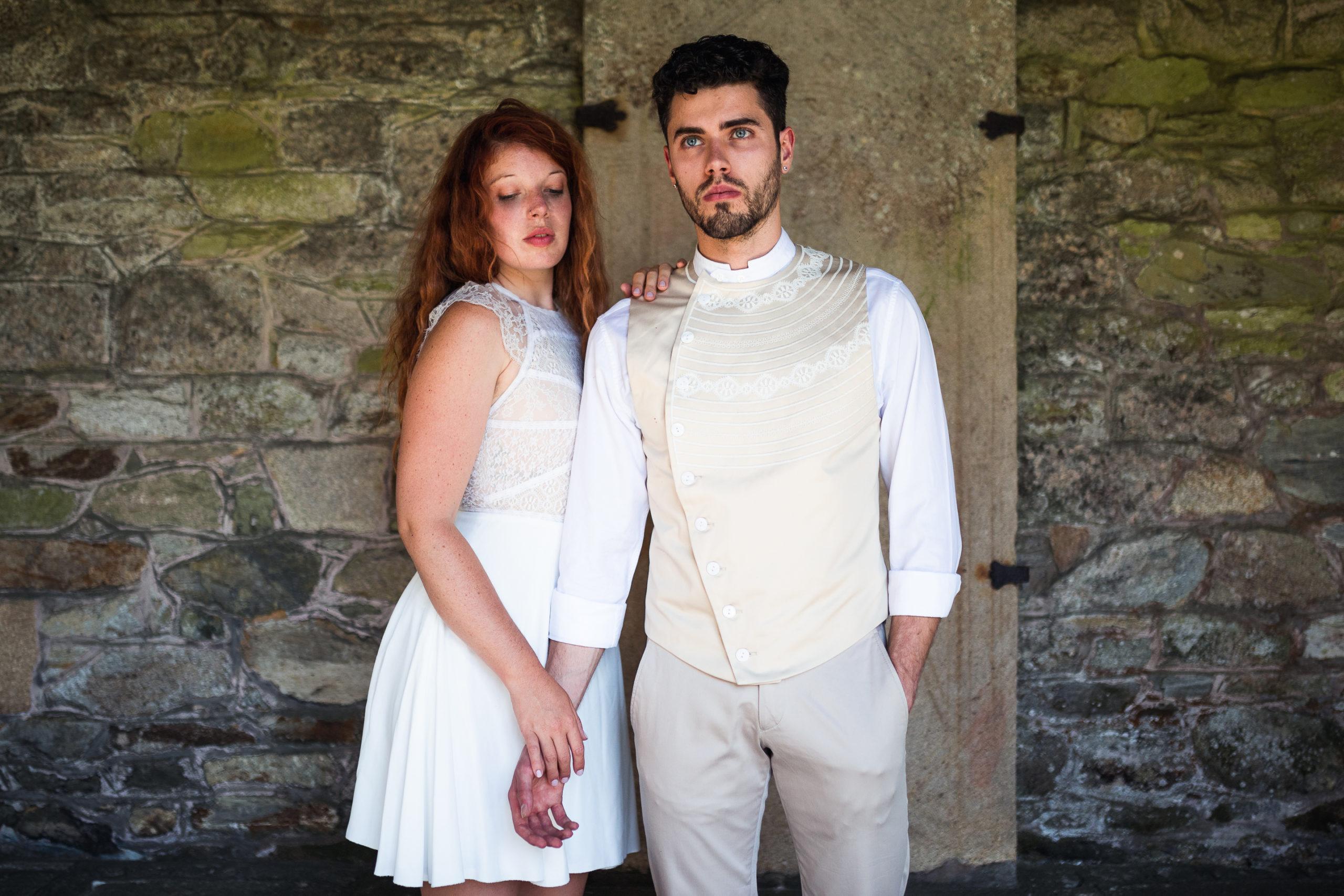 robe-de-mariee-bretagne-mariage-thom-de-corbie-couple-26